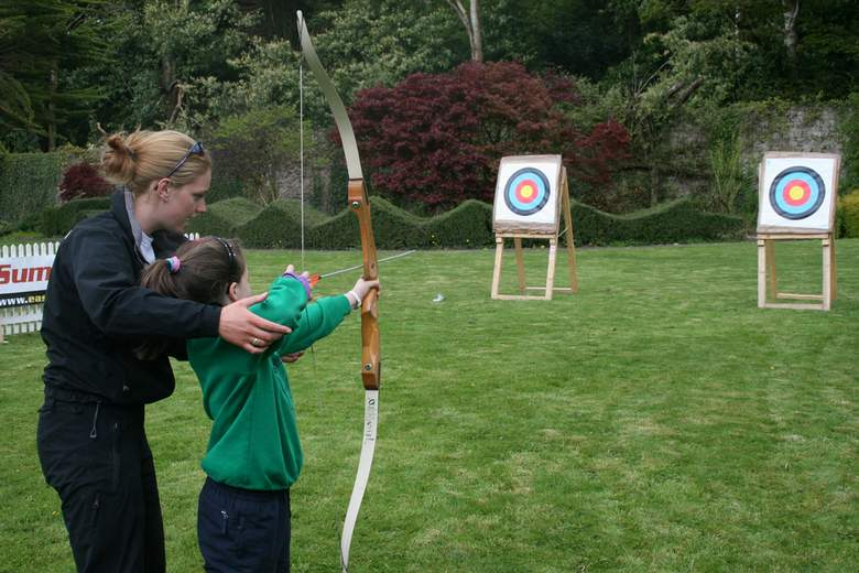 Top reasons to opt archery for kids
